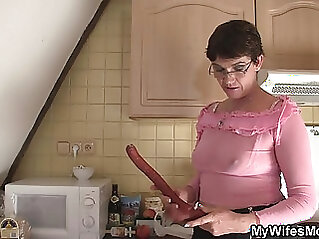 jav  mother  ,  older wife sex  ,  son and mommy   porn movies